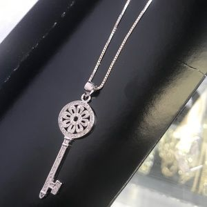 Key pendant and 20inc chain
